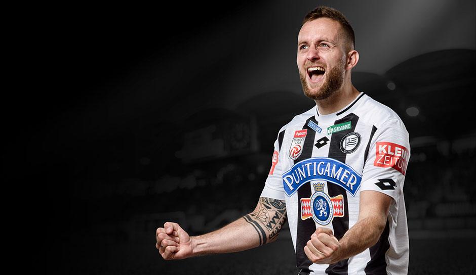 Sk Sturm Graz Prasentiert Trikots Fur Saison 2019 20 Tradition All Black Zum Jubilaum Seite 1