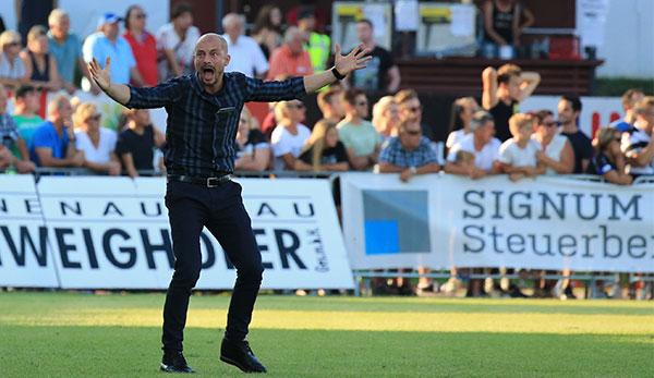 Nach Ausraster: Sturm Graz-Trainer Nestor El Maestro droht Anzeige
