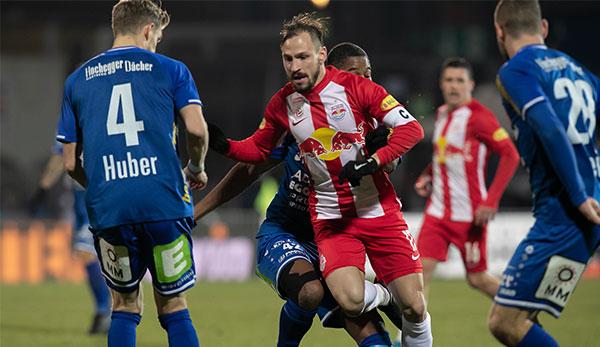 Schiedsrichter im Fokus: TSV Hartberg erkämpft Remis gegen Red Bull Salzburg
