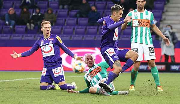 RB Salzburg und SK Rapid haben laut VdF besten Rasen - FK Austria an letzter Stelle