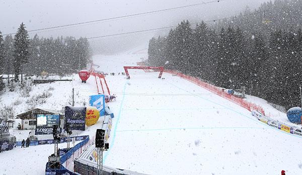 Abfahrt In Garmisch Partenkirchen Wegen Neuschneemengen Abgesagt