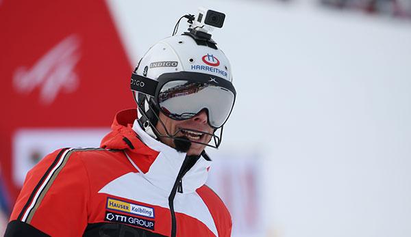 ski-alpin-knopf-gesponnen-n-chstes-malheur-bei-sykoras-kamerafahrt-in-schladming
