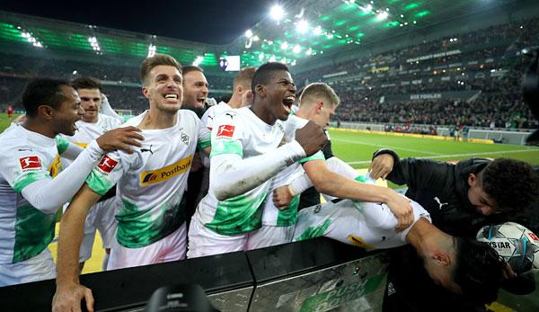 Borussia Mönchengladbach - FC Bayern München 1:2: Bensebaini versetzt ineffizienten Bayern den Todesstoß