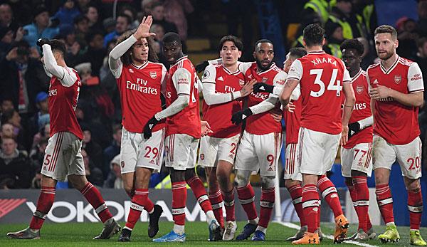 Premier League: Arsenal rettet in Unterzahl Punkt gegen Chelsea - Manchester City verkürzt Rückstand