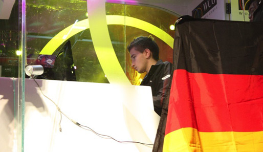 Mit deutscher Flagge bei den World Cyber Games.