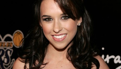 US-Schauspielerin Lacey Chabert (Kindergarten Daddy, Lost in Space) spielte unter anderem bei der Lakers Casino Night 2006