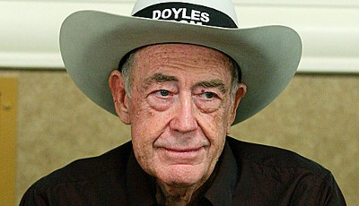 Doyle Brunson gewann 1976 und 1977 den Main Event der World Series