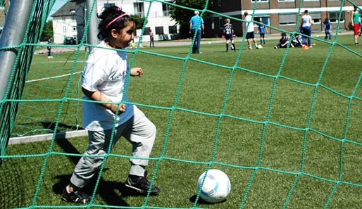 Laureus Stiftung: Die Mini-EM der Kicking Girls in Hamburg