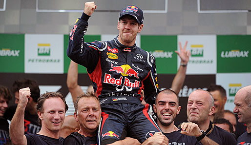 "Sebastian Vettel (M.) wurde in der Kategorie ""Laureus World Sportsman of the Year"" nominiert"