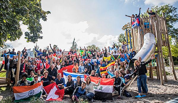 Laureus Global Sport For Good Summits Besuchen Bewegungsanlage