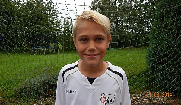 10-jähriger Tom gewinnt August-Voting