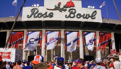 1987: Super Bowl XXI zwischen den New York Giants um Phil Simms und den Denver Broncos mit John Elway im Rose Bowl Stadium in Pasadena