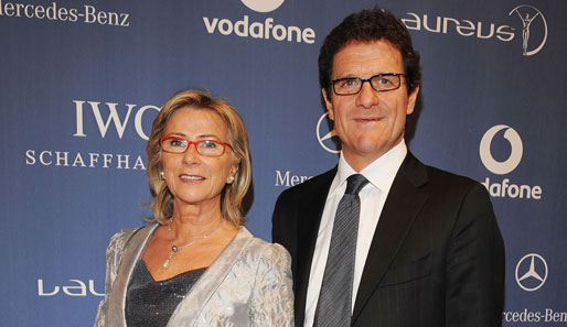 Englands Nationalcoach Fabio Capello mit seiner Frau Laura