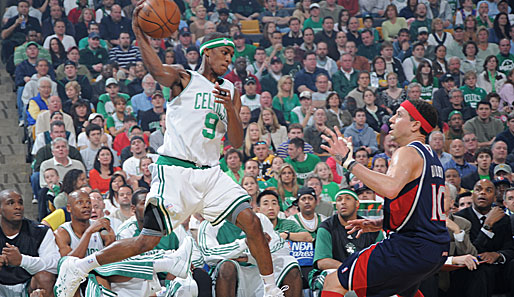 Boston Celtics, Atlanta Hawks, Rajon Rondo, Mike Bibby
