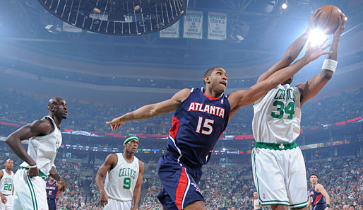 Spiel 7: Boston Celtics - Atlanta Hawks 99:65 (Playoff-Stand: 4-3)