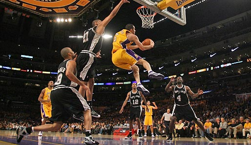 Spiel 5: Los Angeles Lakers - San Antonio Spurs 100:92 (Playoff-Endstand 4-1)