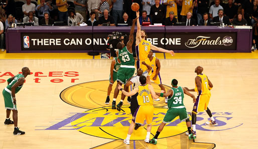 Spiel 4: Los Angeles Lakers - Boston Celtics 91:97 (Playoff-Stand: 1-3)