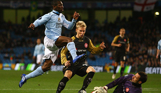 Manchester City - Aalborg BK 2:0; Shaun Wright-Phillips scheitert an Keeper Karim Zaza