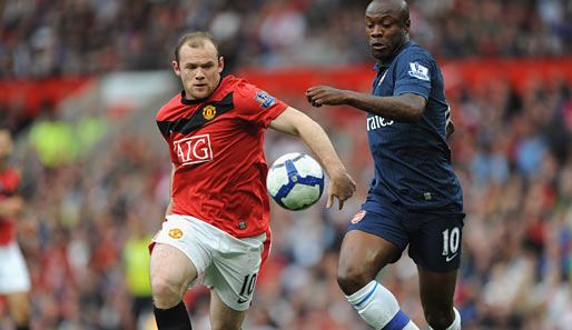 Manchester United - FC Arsenal 2:1: Duell der Zehner - Wayne Rooney gegen Gunner William Gallas