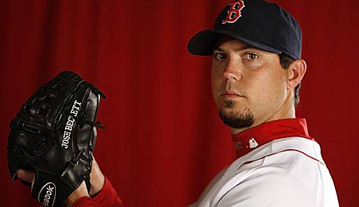 Zwei World-Series-Ringe (2003, 2007), zwei Berufungen ins All-Star-Team (2007, 2009), die Nummer eins in der Rotation der Boston Red Sox: Josh Beckett, Starting Pitcher