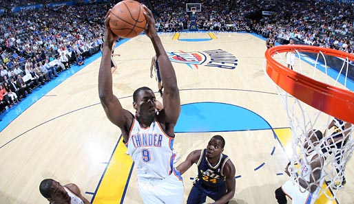 Serge Ibaka (Oklahoma City Thunder, Forward-Center): 9,9 Punkte, 7,6 Rebounds und 2,4 Blocks pro Spiel