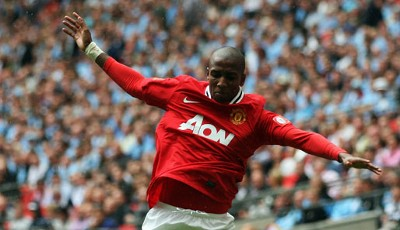6. Platz: Ashley Young (26), alter Verein: Aston Villa, neuer Verein: Manchester United, Ablöse: ca. 18 Millionen Euro