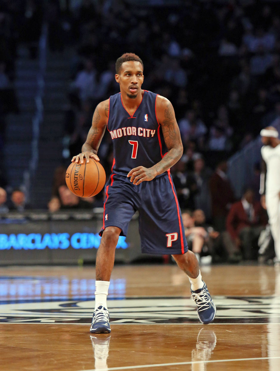 So sehen die Kader beider Teams aus: Point Guard: Brandon Jennings (17, 5 Punkte, 8,3 Assists) Stand: 1. Januar 2014