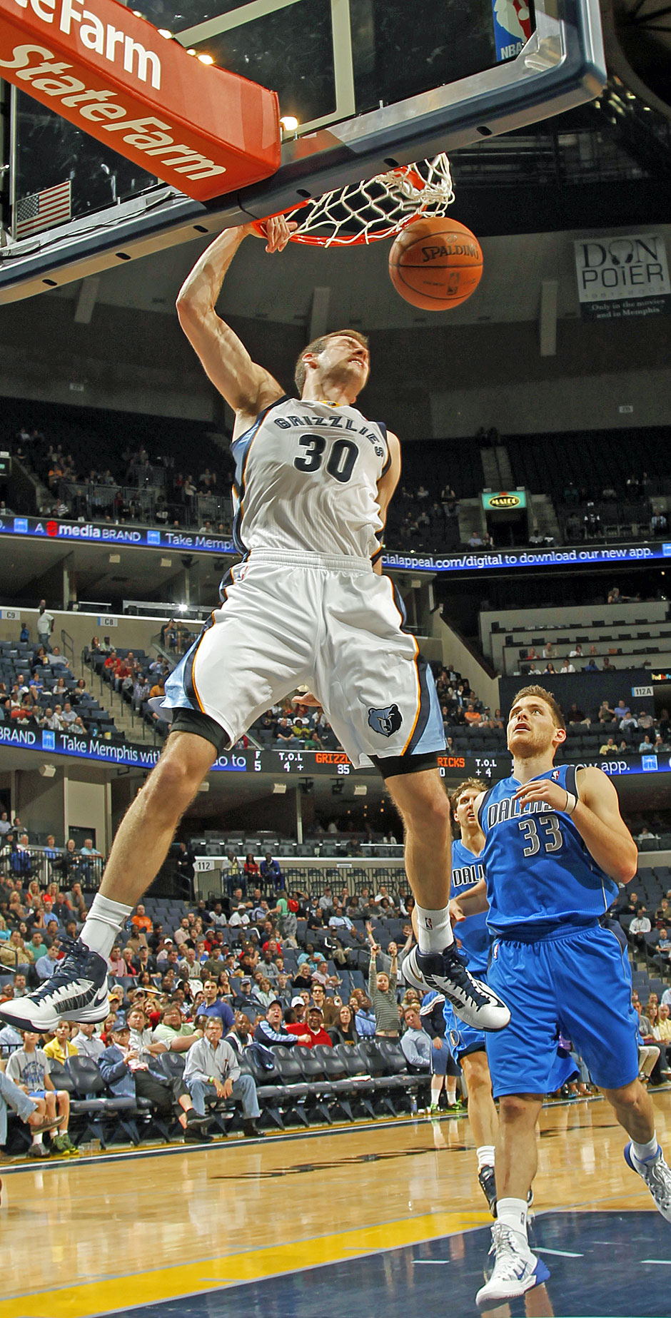 Bank: Jon Leuer (Power Forward, 8,7 Punkte, 4,2 Rebounds)