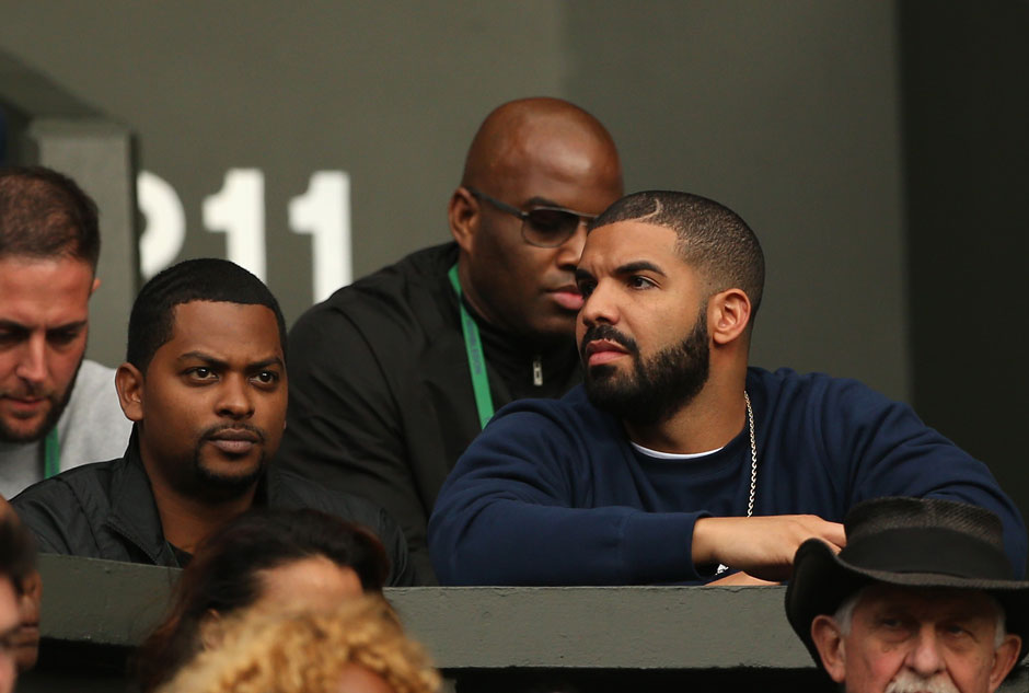 "Started from the Bottom now we're in Wimbledon! Drake lässt sich das Top-Duell ""Williams - Azarenka"" nicht entgehen"
