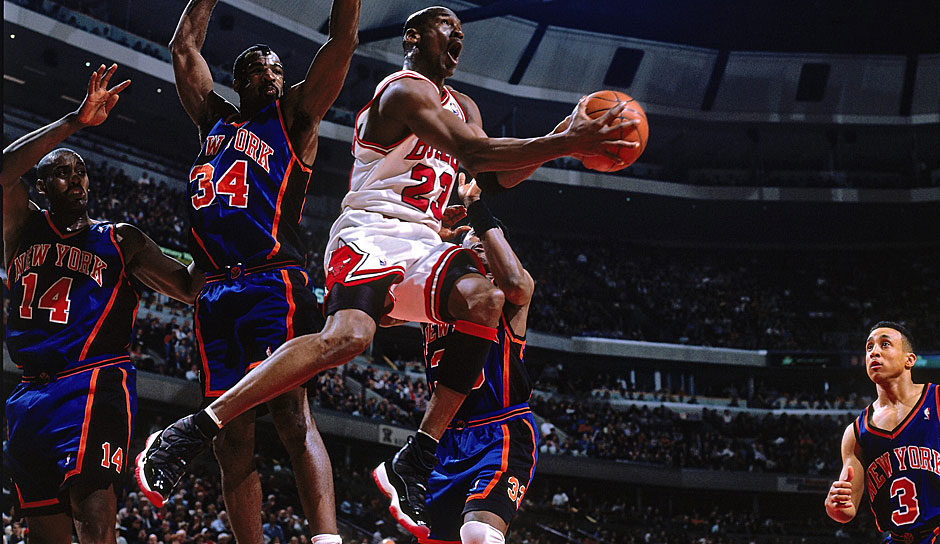 MICHAEL JORDAN: 15 Triple-Doubles (Chicago Bulls, 1988-89)