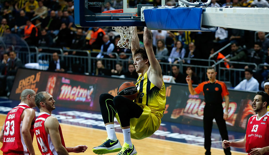 Jan Vesely (Fenerbahce): 12 Punkte, 7 Rebounds, 1 Block