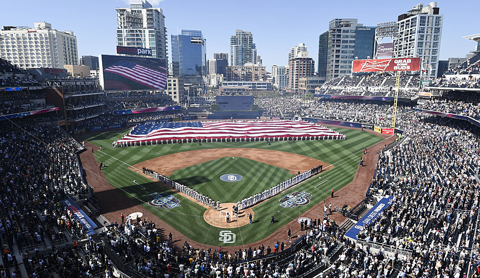 PETCO Park in San Diego: Ein gigantischer Ballpark, in dem 2016 das All-Star Game stattfand. Homeruns schlagen hier nur echte Power-Hitter