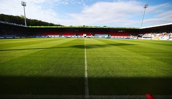 La Heidenheim Voith Arena détient 15 000 places.