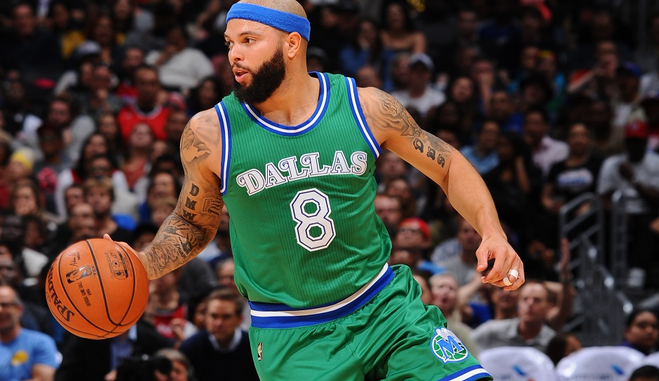 Starting Five, PG: Deron Williams, Saison 2015/16: 14,1 Punkte, 5,8 Assists, 2,9 Rebounds