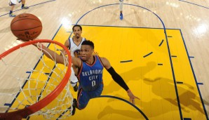 Starting Five: PG: Russell Westbrook, Saison 2015/2016: 23,5 Punkte. 7,8 Rebounds, 10,4 Assists