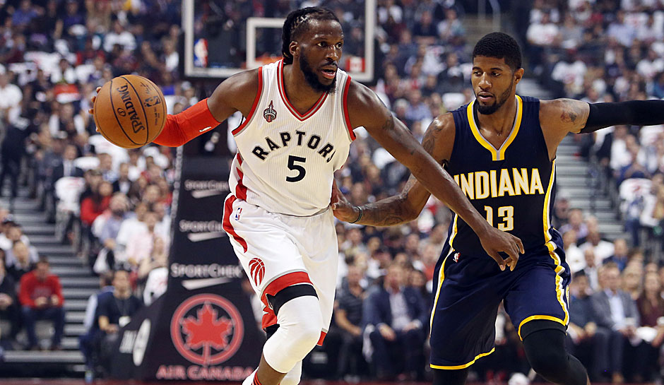SF: DeMarre Carroll, Saison 2015/16: 11,0 Punkte, 4,7 Rebounds, 1,7 Steals