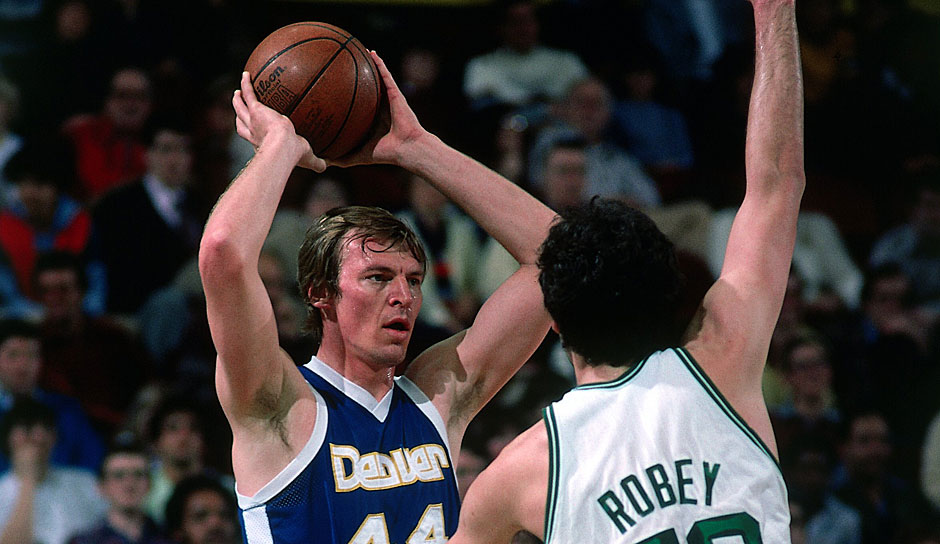 All-Time Rebounding Leader: Dan Issel mit 6.630 Rebounds