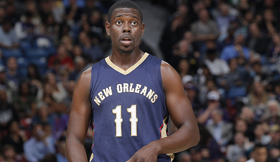 Starting Five: PG: Jrue Holiday, Saison 2015/16: 16,8 Punkte, 6,0 Assists