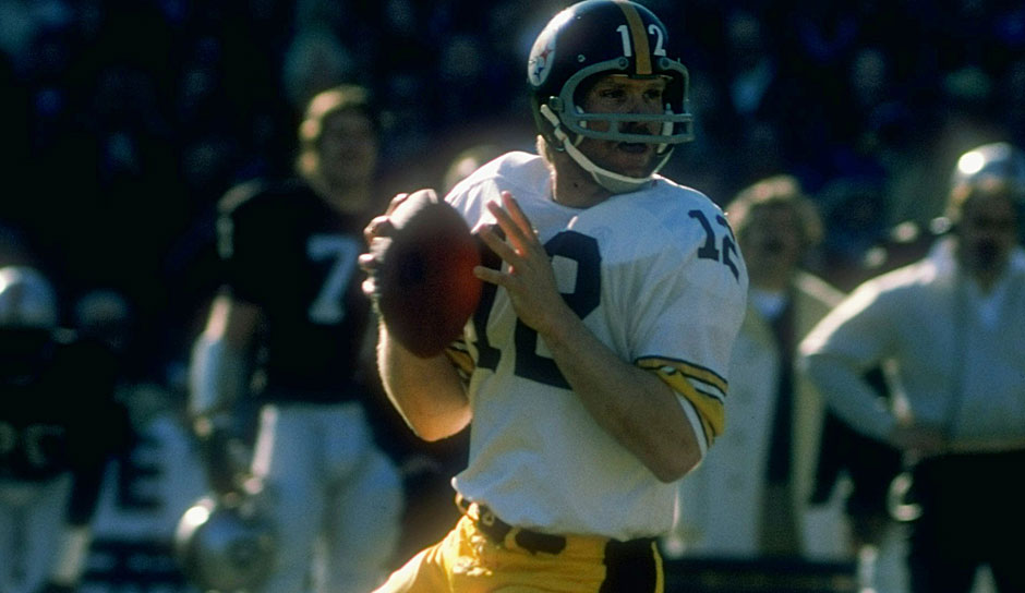 13.: Terry Bradshaw (1970-1983) - 3.833 Yards