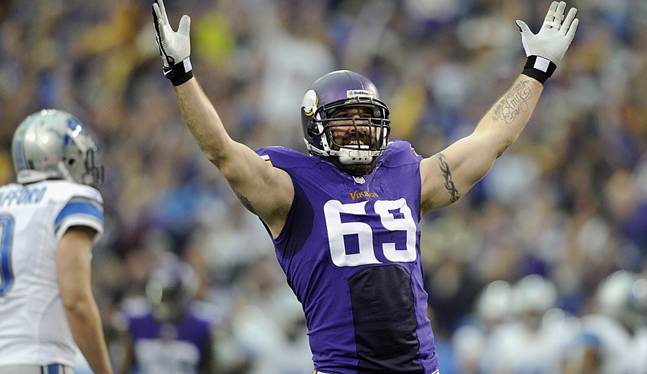 11.: Jared Allen (2004 - 2015): 136 Sacks