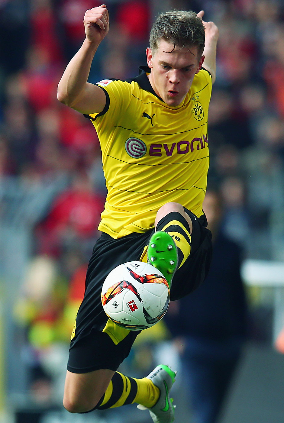 Everybody was Kung-Fu-Fighting...zumindest Matthias Ginter