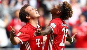 Fly to the sky! Mario Götze und David Alaba beim Torjubel