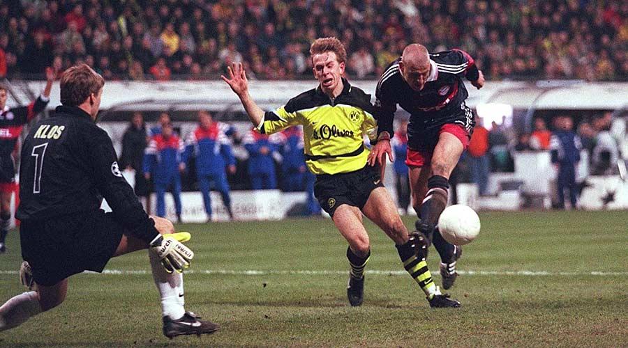 18.3.1998: Das erste Aufeinandertreffen in der Champions League endet torlos. Carsten Jancker wird zur tragischen Figur