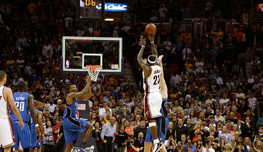 Platz 6: LeBron for the win!!! James' Buzzer-Beater erledigt in den Playoffs 2009 die Magic