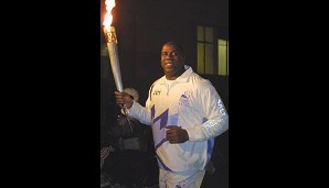Für die Winterspiele 2002 in Salt Lake City war Magic als Fackelträger aktiv
