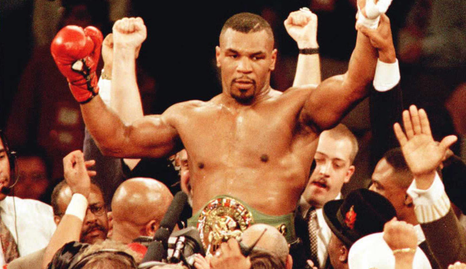 mike tyson ohrbiss