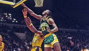 Platz 16: Elvin Hayes - 222 Blocks in 96 Spielen - San Diego und Houston Rockets, Baltimore, Capital und Washington Bullets