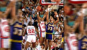 Platz 2: Kareem Abdul-Jabbar - 476 Blocks in 237 Spielen - Milwaukee Bucks, Los Angeles Lakers
