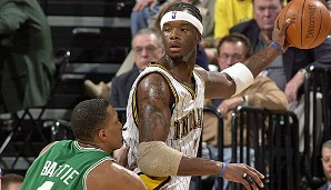 2001/02 Jermaine O'Neal (Indiana Pacers)