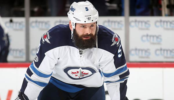 Mark Stuart hat für die Boston Bruins, Atlanta Trashers/Winnipeg Jets gespielt